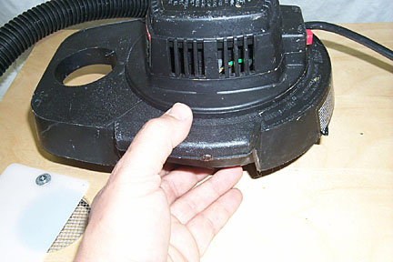 Removable vacuum head.